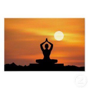 yoga_meditacion_poster-ra5f052cb7be34373a3f085a1a3a1481b_arux_8byvr_512